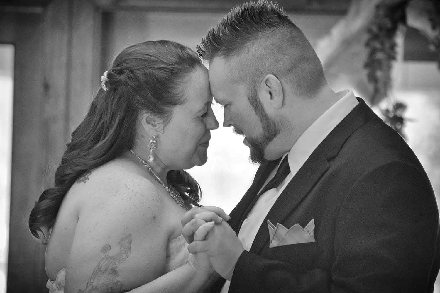 Melissa Lanasa and Darrell Adam Stallings married at Cove Lake Community Center on April 9, 2016. photos by Brianna Bivens - 2016